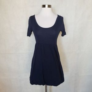 🌼{ heritage } navy double scoop bubble hem dress